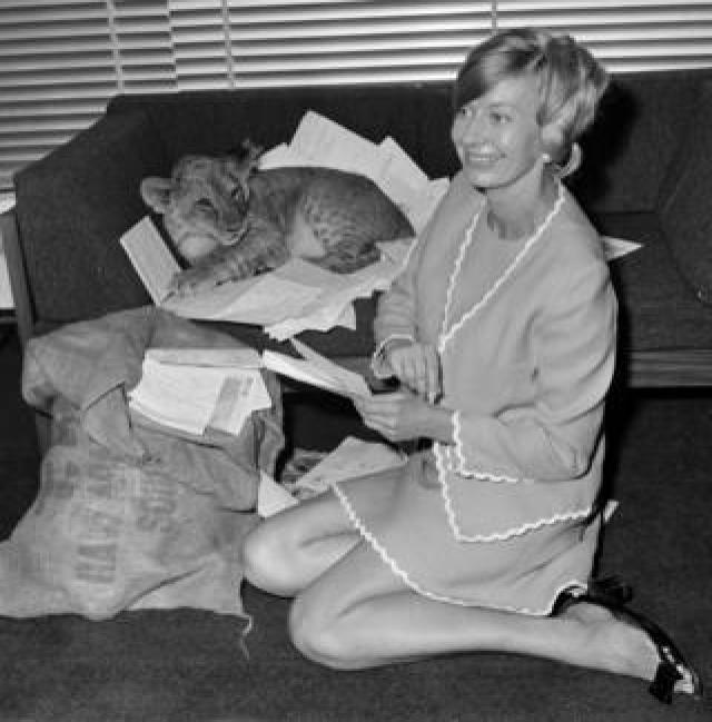 Biddy Baxter reads letters