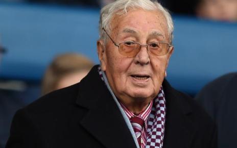 103809647 gettyimages 457506554 - Former Villa chairman Ellis dies at 94