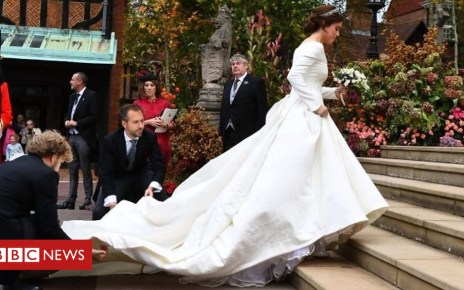 103833135 p06nnwfw - Windy weather at the royal wedding