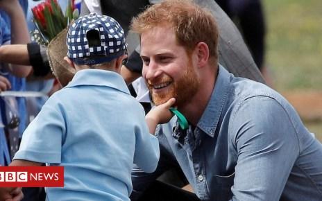 103894203 p06p1sjn - A right royal beard rub for Prince Harry