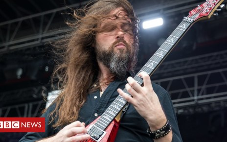 103896690 51e9a5de a5bf 4109 97e7 d67e2a146d6a - Oli Herbert, All That Remains guitarist, dies at 44