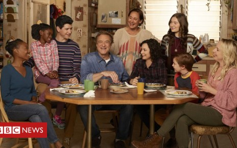 103899613 093244ed feb2 4d28 88cc 8c1b27e1aa1f - Roseanne objects to manner of character's spin-off exit