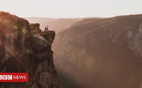 103952791 taftproposal2 - Yosemite: Photographer searches for Taft Point proposal couple