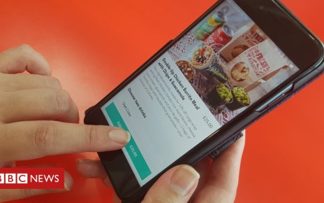 104006194 20181024 124710 1 - Deliveroo to display allergy information