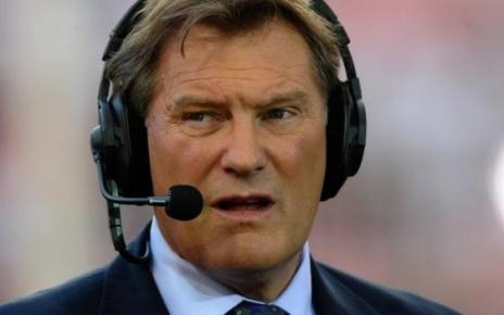 104062805 tv050225292 - Glenn Hoddle suffered heart attack and in 'serious condition' in hospital