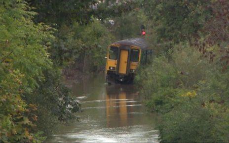 p06nt5pc - Storm Callum: Flood warnings drop as fatal storm passes