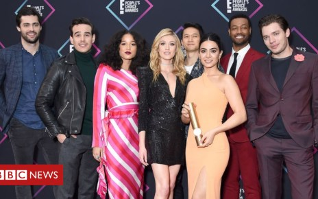 104276098 gettyimages 1060552328 - Cancelled Shadowhunters named as the People's Choice