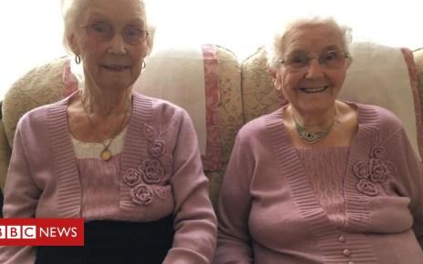104411433 twins - 'UK's oldest twins' turn 102: Stourport-on-Severn pair mark birthday