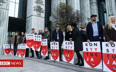 104436483 049894758 - Poland reverses law on removing judges following EU court ruling