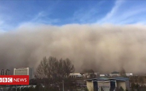 104486624 p06svryt - Huge sandstorm hits Chinese city of Zhangye