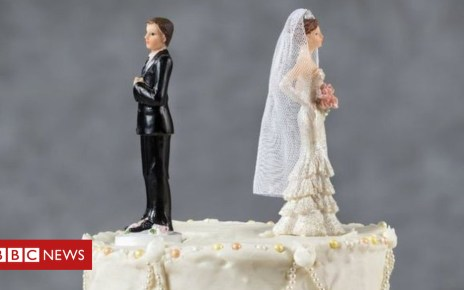 104519188  103339543 gettyimages 479917910 - Christmas Day divorce: 13 people completed online applications