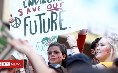 104550121 gettyimages 1074730992 - Australian students in mass climate protest
