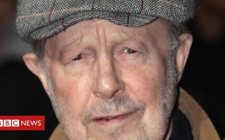 86263132 86263131 - Nicholas Roeg obituary: From tea-maker to director's chair