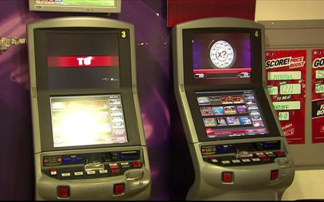 p067fcvh - Tory rebellion over fixed-odds betting terminals