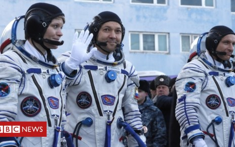 104595440 050966810 - Soyuz rocket: First astronauts to launch since October failure