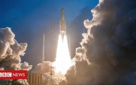 104623785 mediaitem104623784 - India launches 'heaviest' satellite for internet access