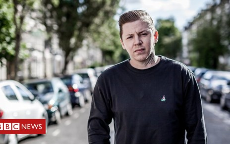 104714150 7dfdcd7e 3a43 4f56 bed6 e6822fb31f55 - Lost loved ones star in Professor Green Photographs video