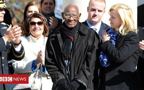 104969566 051350013 1 - Richard Overton, US oldest veteran and oldest man, dies aged 112