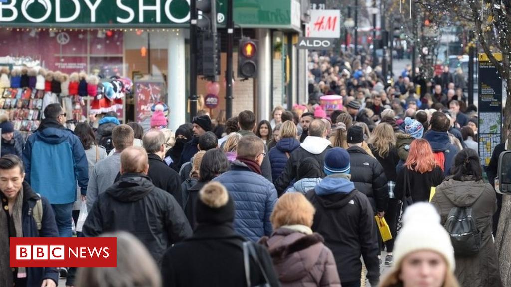 99239288 mediaitem99239017 - November shopper footfall down as Black Friday bites