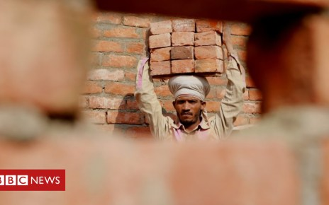 104970715 mediaitem104970366 - Behind India's construction boom: 'We risk our lives to build your homes'