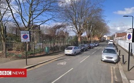 105109225 mediaitem105109223 - Boy, 14, stabbed to death in Waltham Forest street