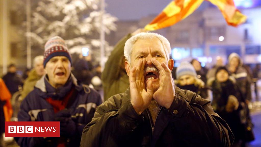 105152772 83897c7b 683e 4249 8ddc 2fd101e8fc2e - Macedonia parliament agrees to change country's name