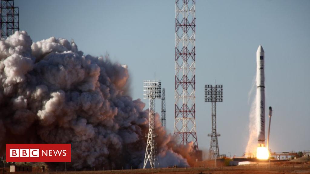 105159639 spektr r - Spektr-R: Russia's only space telescope 'not responding'