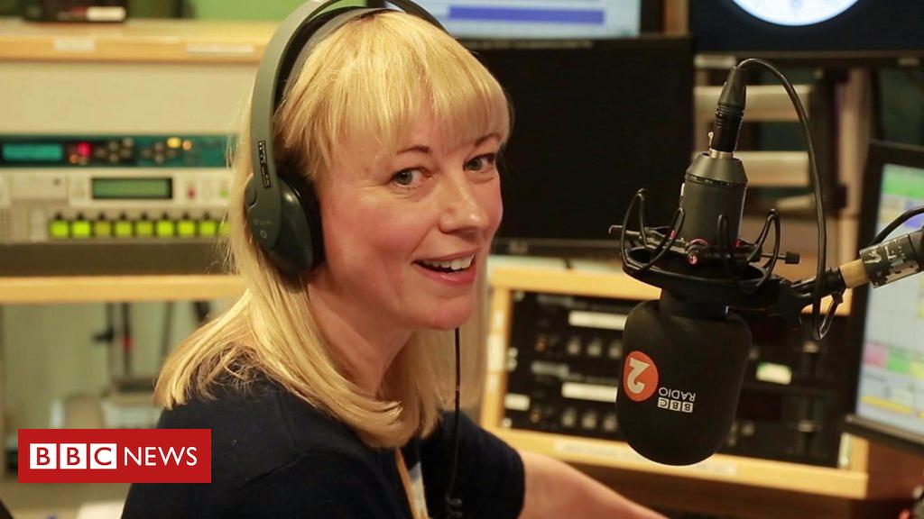 105183378 p06y2x02 - Sara Cox starts her new Radio 2 show