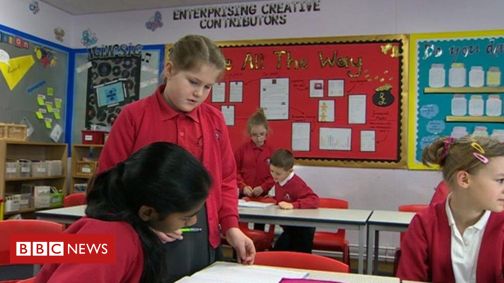 105226800 de41 - English-medium education to put more emphasis on Welsh