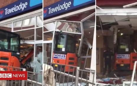 105299150 p06ysgzx - Travelodge Liverpool: Digger driver wrecks hotel reception
