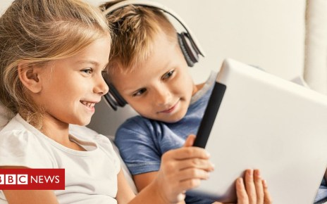 105376314 5375790 - Facebook's popularity dips with UK children, says Ofcom