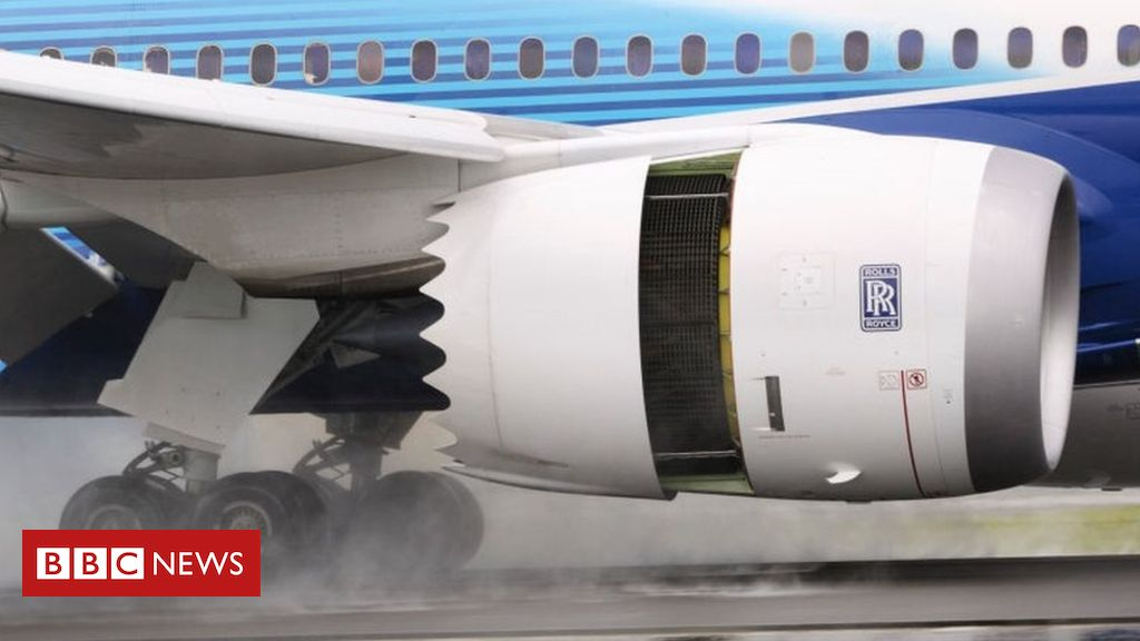 102796452 rolls.royce.trent.1000.landing.g - Rolls-Royce swings to £2.9bn loss