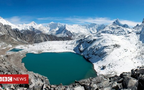 105478059 gettyimages 177715636 1 - Climate change: Warming threatens Himalayan glaciers
