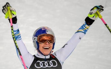 105590437 gettyimages 1097033846 - Lindsey Vonn wins World Championships bronze in final race of career