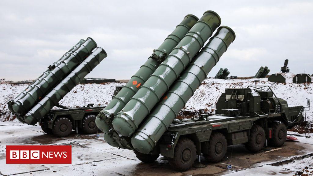 105701995 rusmissilescrimgetty29nov18 - Turkey defies US as Russian S-400 missile defence arrives