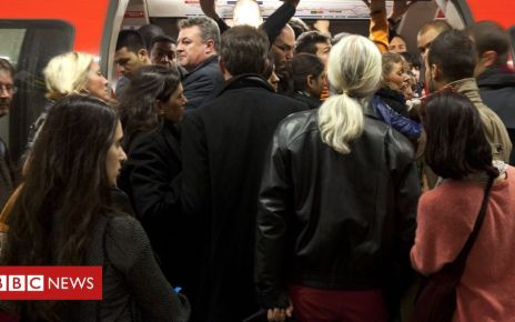 104040291 07b9499d 3641 4ead b940 85cb422a77a1 - Tube sexual assault victim calls for CCTV on trains