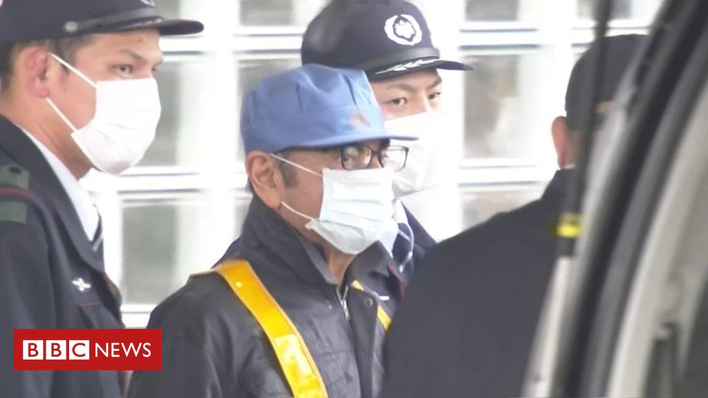 105909134 p072q58l - Ex-Nissan boss Ghosn leaves a Tokyo jail on bail