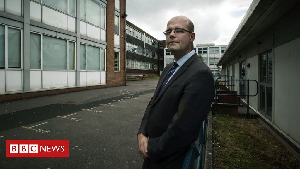 105947244 hi024099153 - Ex-head of Birmingham BBC documentary school banned