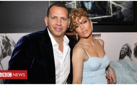 105976277 mediaitem105976276 - Jennifer Lopez and Alex Rodriguez announce engagement