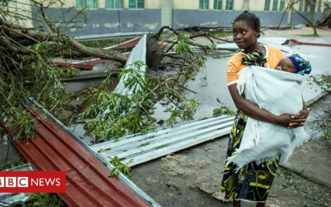 106124239 woman idai reuters 976 - Cyclone Idai: How the storm tore into southern Africa