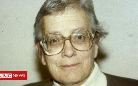 106128023 tv000040820 - IVF ethics pioneer Mary Warnock dies