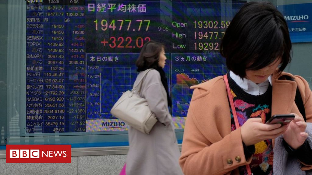 106164916 gettyimages 1074813714 - Asia stocks: Markets sink as global growth jitters spread