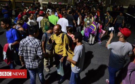 106398886 edcf21e4 1533 4429 8b8c 3fb3e1e1a14a - Migrant caravan: Hundreds of Hondurans leave on new trek