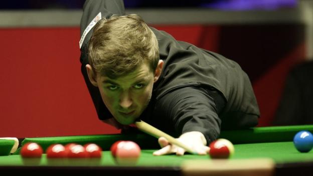 106514205 cahill1 - How mother's love helps Cahill fulfil Crucible dream