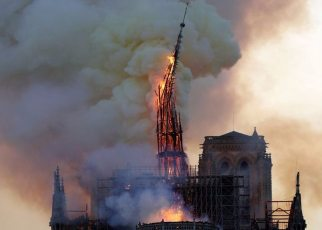 p076l244 - Notre-Dame fire: Eight centuries of turbulent history