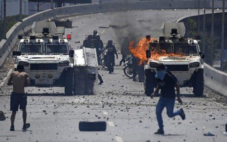 p077xttd - Venezuela crisis: Maduro aides agreed he had to go, US says