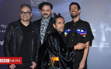 106774624 gettyimages 1062017486 - Café Tacvba's van robbed and crew beaten