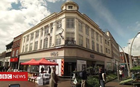106786717 p078805m - M&S closures: A tale of two stores