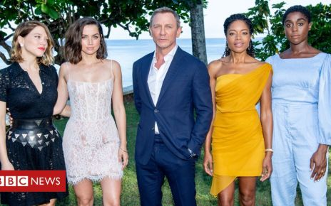106854678 bondgirlsgfetty - Phoebe Waller-Bridge to make James Bond's women feel 'real'