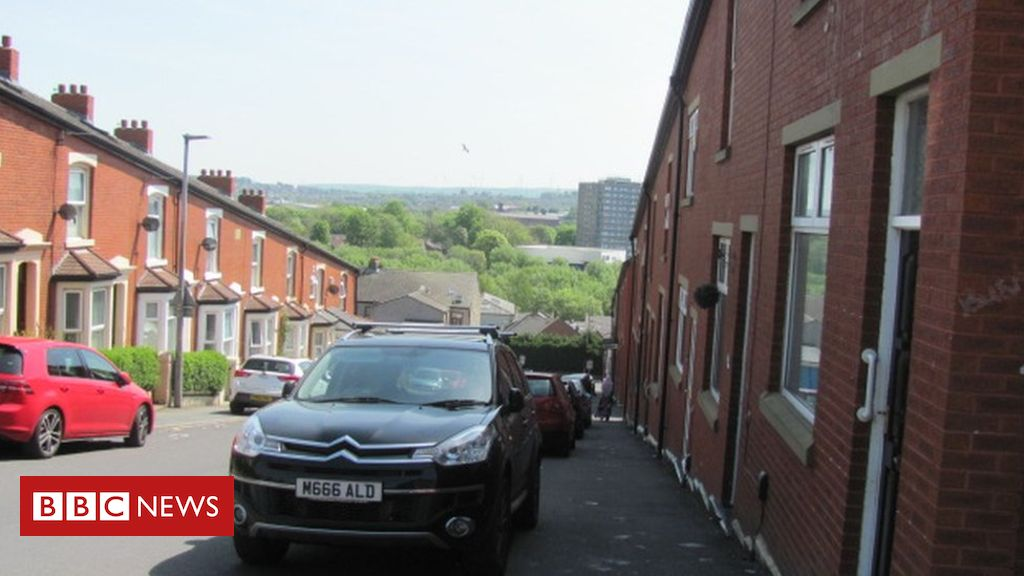 106960361 bastwellhill - Blackburn: What is the ward with Britain's highest child poverty rate like?